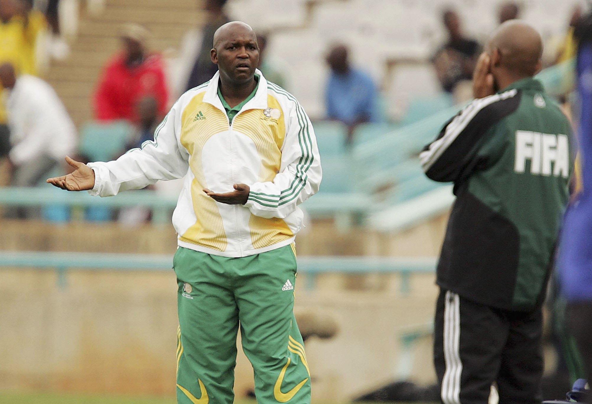 Pitso Mosimane, ex-jogador e treinador