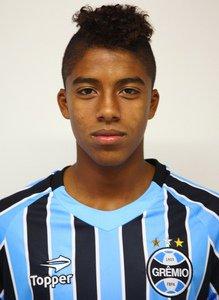 Grêmio - Jean Pyerre - 18 anos - Meio-campista