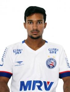 Bahia - Mayron - 19 anos - Meio -campista