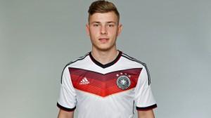 Max Meyer - 20 anos - Atacante - Alemanha