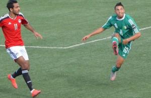 Abderrahmane Meziane - 23 anos - Atacante - Argélia